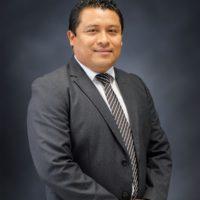 Limberth Isaac Canto Chulím – Vicerrector Financiero